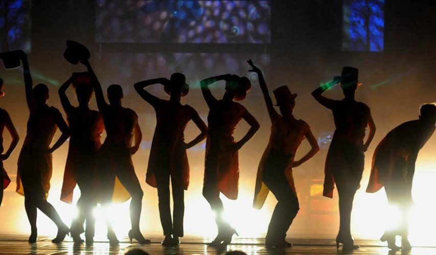 ART CHANGE une école de danse et une compagnie...
